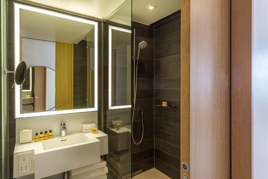 top 5 des h tels de luxe pas cher en france. Black Bedroom Furniture Sets. Home Design Ideas